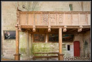 Tribune et Ex-voto (Chapelle Sainte-Barbe, Faouet, 2008)