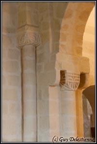 Détail d'une colonne (Eglise paroisiale de la Trinité, Calan, 2010)