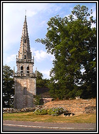Vue générale (Sainte-Suzanne, Mur-de-Bretagne, 2003)